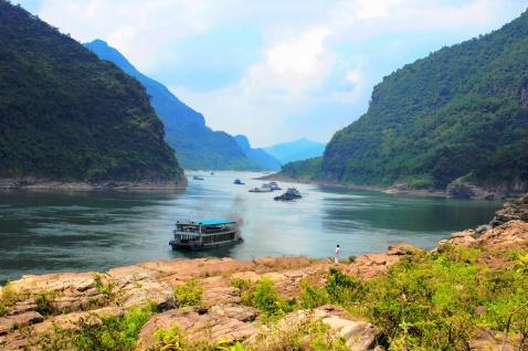 省市 广西 贵港 景区    &nbsp大藤峡位于桂平市西北7.