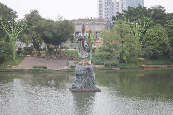 公交查询: [石湾公园] 实用资讯 佛山市禅城区石湾镇.