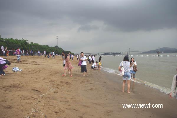 南沙滨海沙滩,位于南沙东部景区的大角山脚下,该沙滩至天后宫高清图片